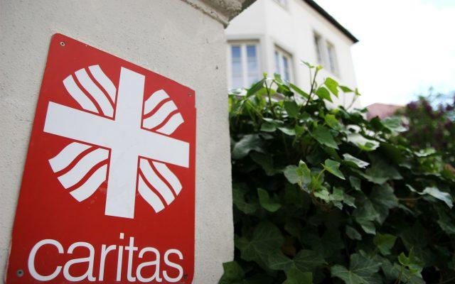 Die Caritas ist der größte Träger in Deutschland und bietet ab 2020 die neue generalistische Pflegeausbildung an, die die bisherigen Ausbildungen alszur Krankenschwester, zum Altenpfleger und in der Kinderkrankenpflege ersetzt.